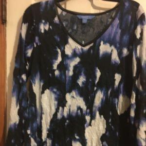 Simply Vera Wang PXL Top black blue& purple colors